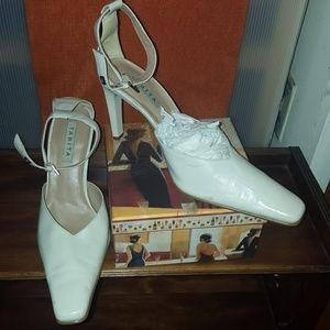 """3 1/2"""" Ankle Strap Pointy Heels Size 8"""